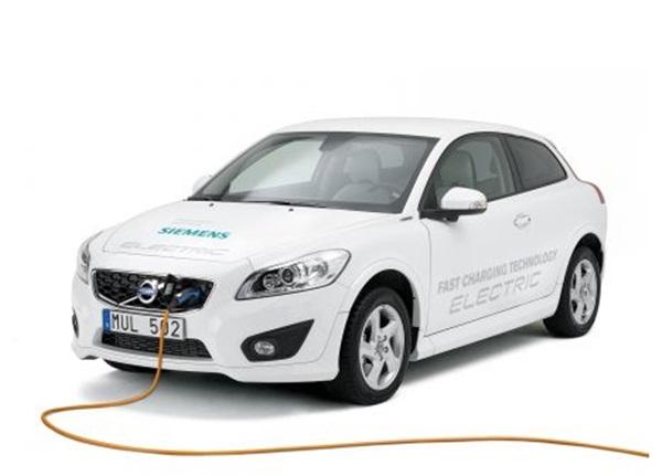 Elektro Auto mit schnellem Ladesystem